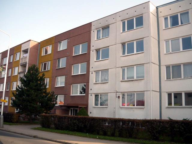 Pro tento panelový dům v Polabské ulici (Praha) jsme zpracovali energetický audit a také jsme provedli termografické měření